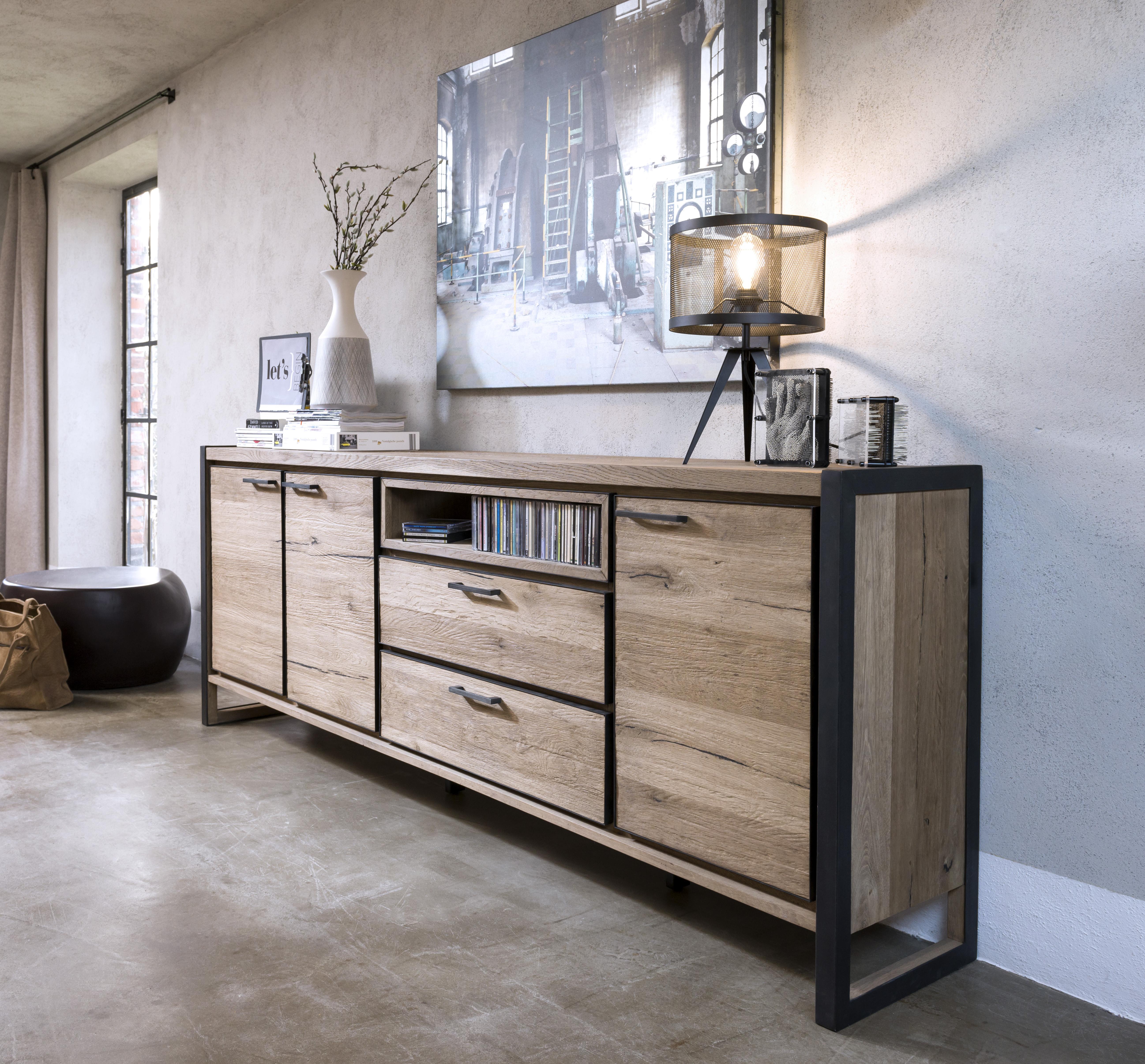 HEN_36330_Metalo_dressoir