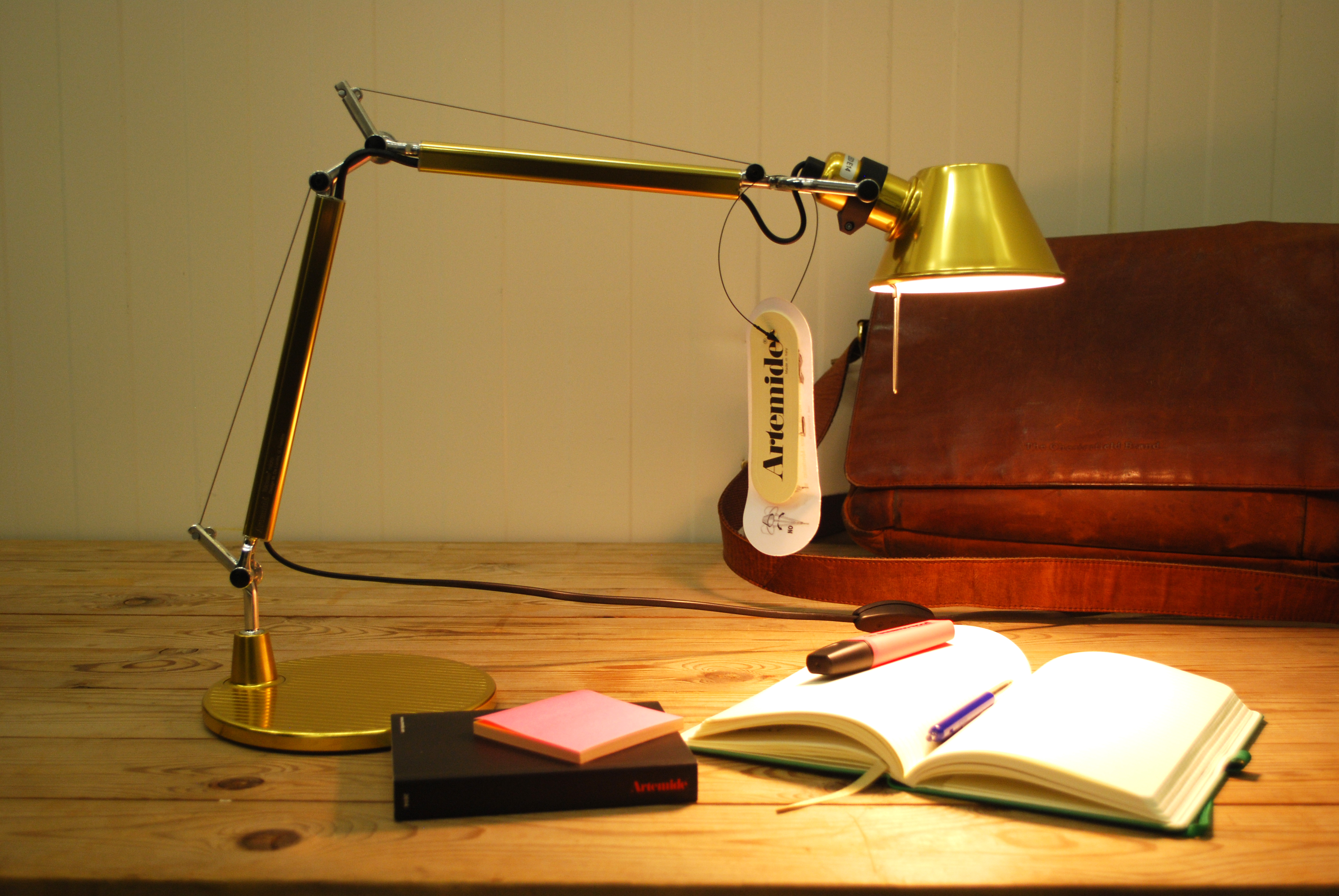 artemide-tolomeo-micro-gold-limited-edition-1