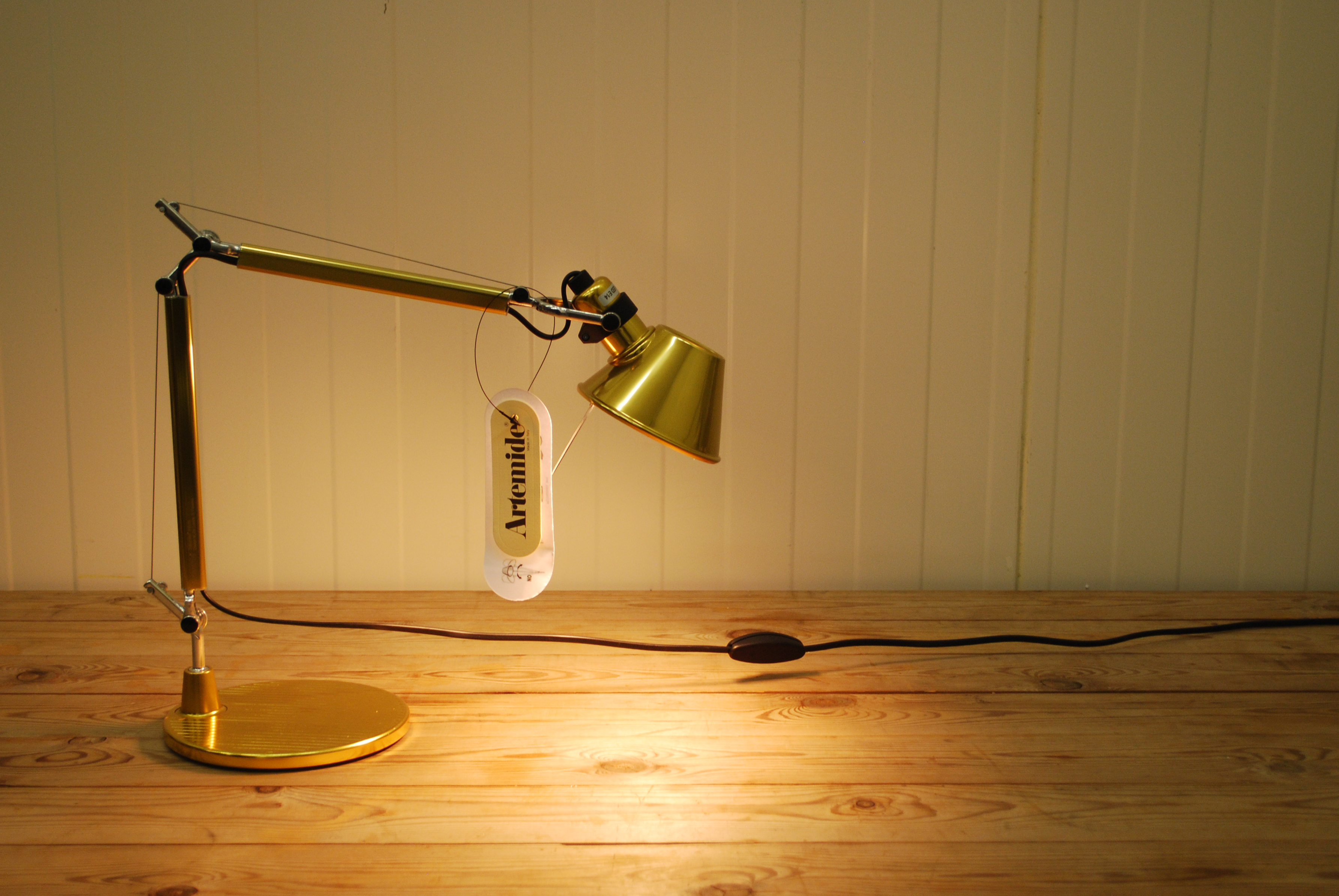 artemide-tolomeo-micro-gold-limited-edition-31