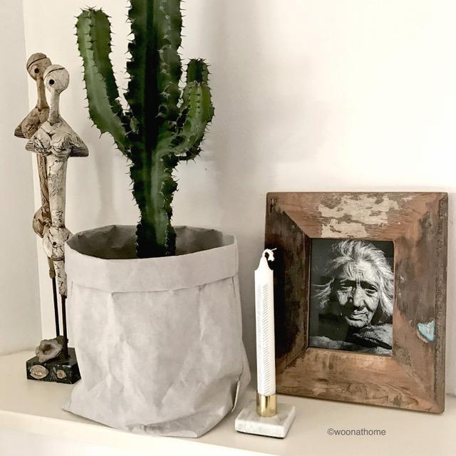 houtenlijst, paperbag, kandelaar W@
